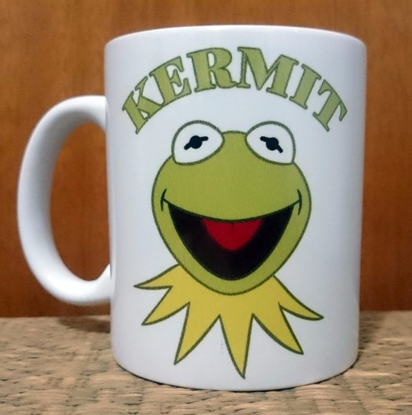 Caneca Kermit Caco Sapo Desenho Animado Muppets Porcelana