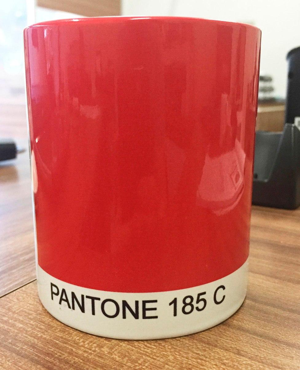 Caneca Pantone