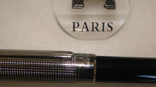 caneta cartier rollerball  prata e preto.