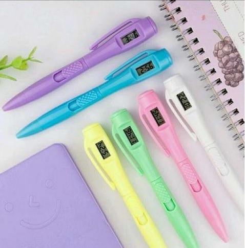 caneta com relógio digital kit c/ 2 canetas - novidade