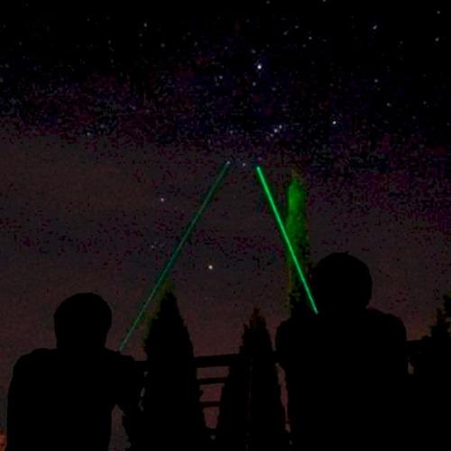 caneta laser pointer verde potente 10000mw até 9km 5 pontas