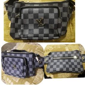 3101dd167 Canguros Louis Vuitton - Bolsos, Carteras y Maletines en Mercado ...