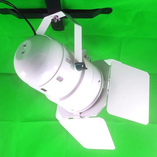 canhão refletor par 38 branco - porta-gelatina e barndoor