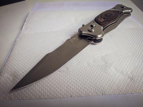 canivete tático de duas lâminas em aço inox