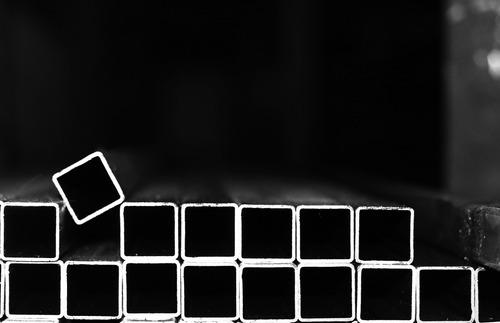 caño estructural cuadrado *** 100x100x1,6 *** en 6 mts.
