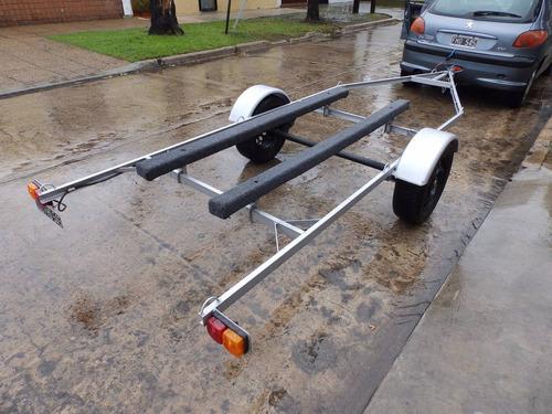 canobote 3,80 mts. trailer y motor 2,2 hp nautica milione 5