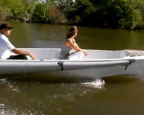 canobote caiman 420 se puede transportar en porta equipaje