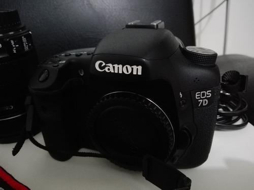 canon 7d lente canon 18-135 garantia casi nueva estado 10/10
