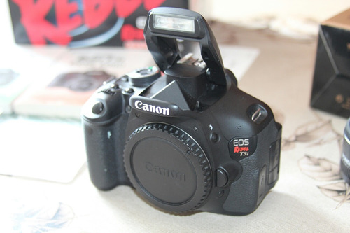 canon t3i com lente 18-55mm completa + brinde