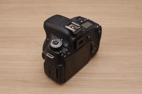 canon t6s + 18-55mm + brinde (super conservada na caixa)