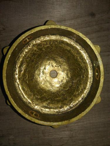canopla antiga em bronze