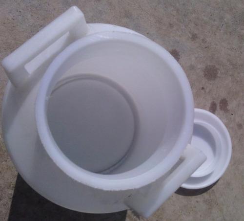cantara plastica de 40 litros para leche