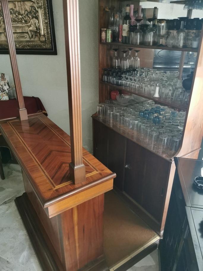 cantina rústica de madera