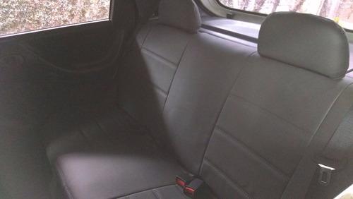 capa automotiva para