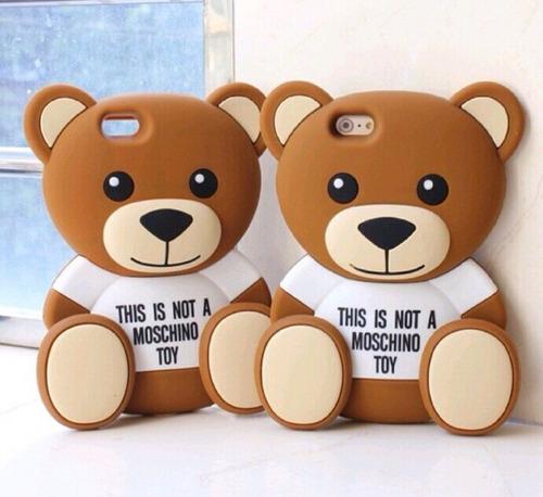 capa case urso teddy moschino iphone 6/6s