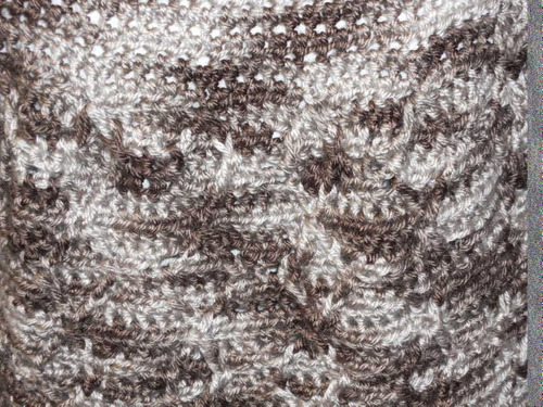 capa con capucha al crochet t-011