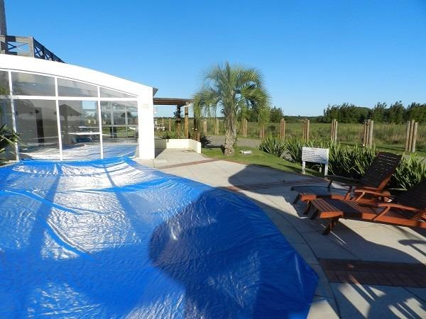 Capa de piscina 7x3 5 lona forte r 452 00 em mercado livre for Piscinas de lona rectangulares