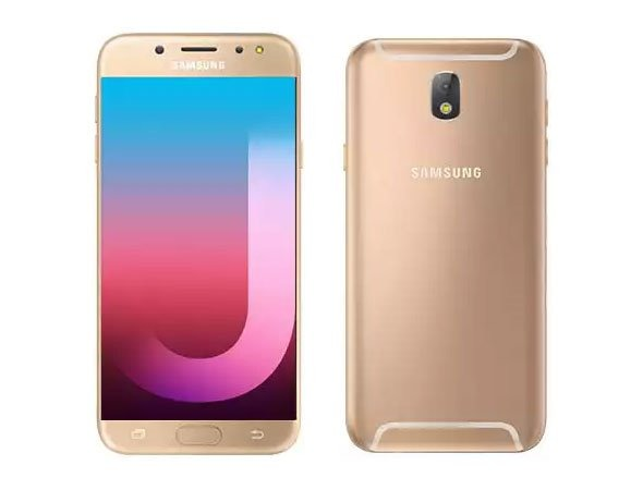 a11bdf5958 Capa Tpu + Película Vidro Celular Samsung Galaxy J7 Pro - R  29