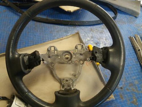 capa volante couro legitimo qualquer veiculo. confira