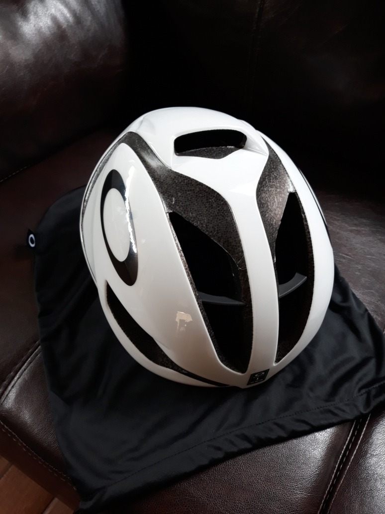 ae01582313490 capacete ciclismo oakley aro 5 tamanho l 56 60cm. Carregando zoom.