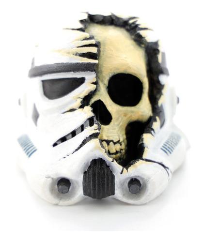 capacete stormtrooper star wars com caveira 9cm deathtrooper