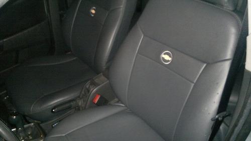 capas automotivas de proteçao em courvin para a s10 simples