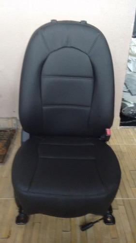 capas  de couro (courvin) preto para o j3 ano 2012/14
