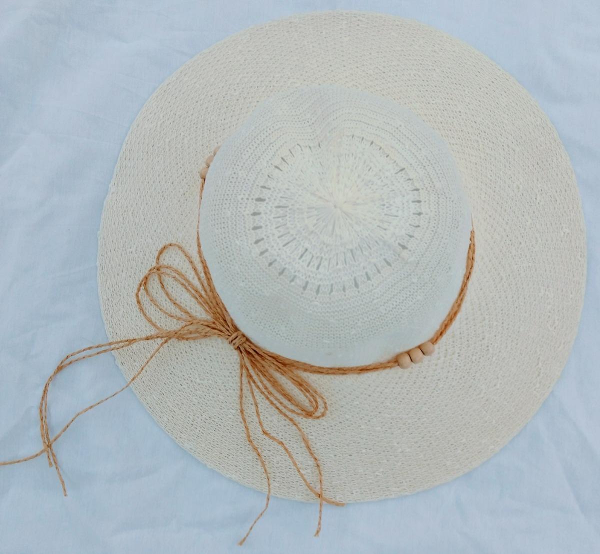8384e9b4a54c6 capelina sombrero campesino de hilo tipo rafia. Cargando zoom.