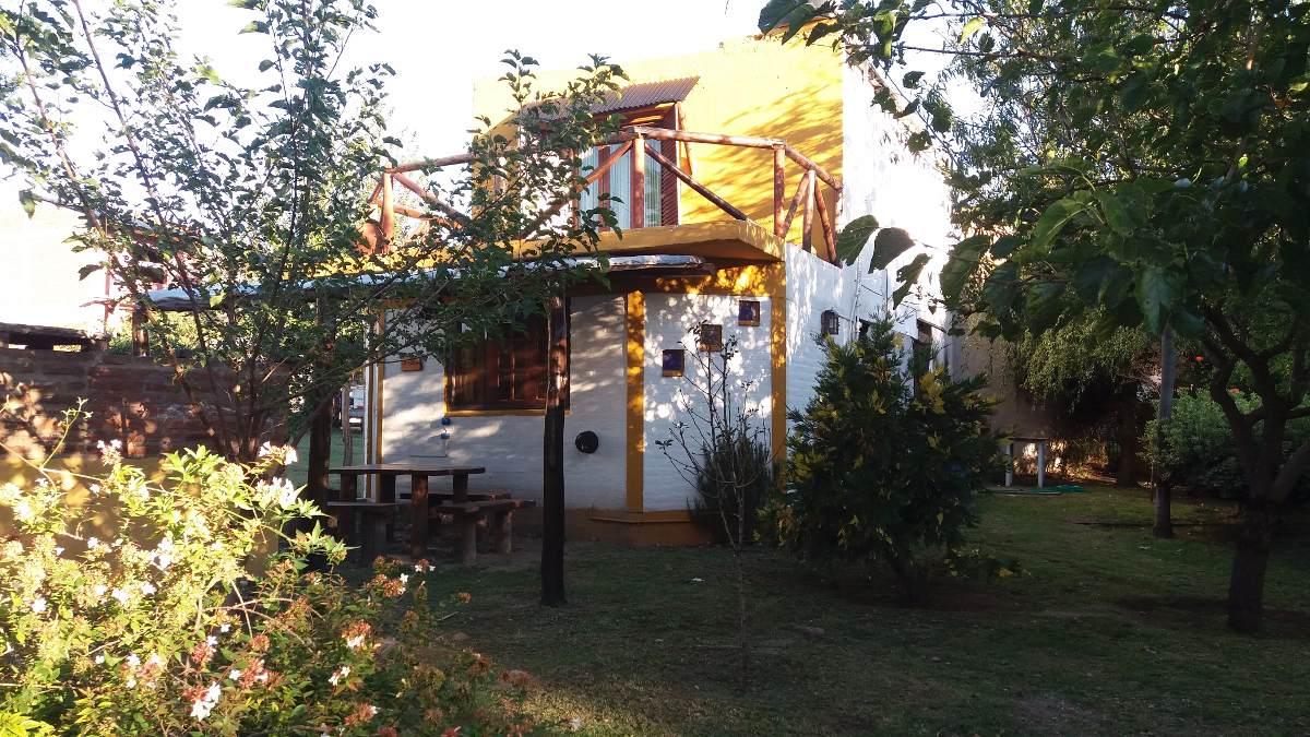 capilla del monte cabaña con pileta,  dueño alquila