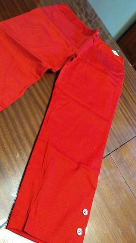 capri langer  con botones negro y rojo t m