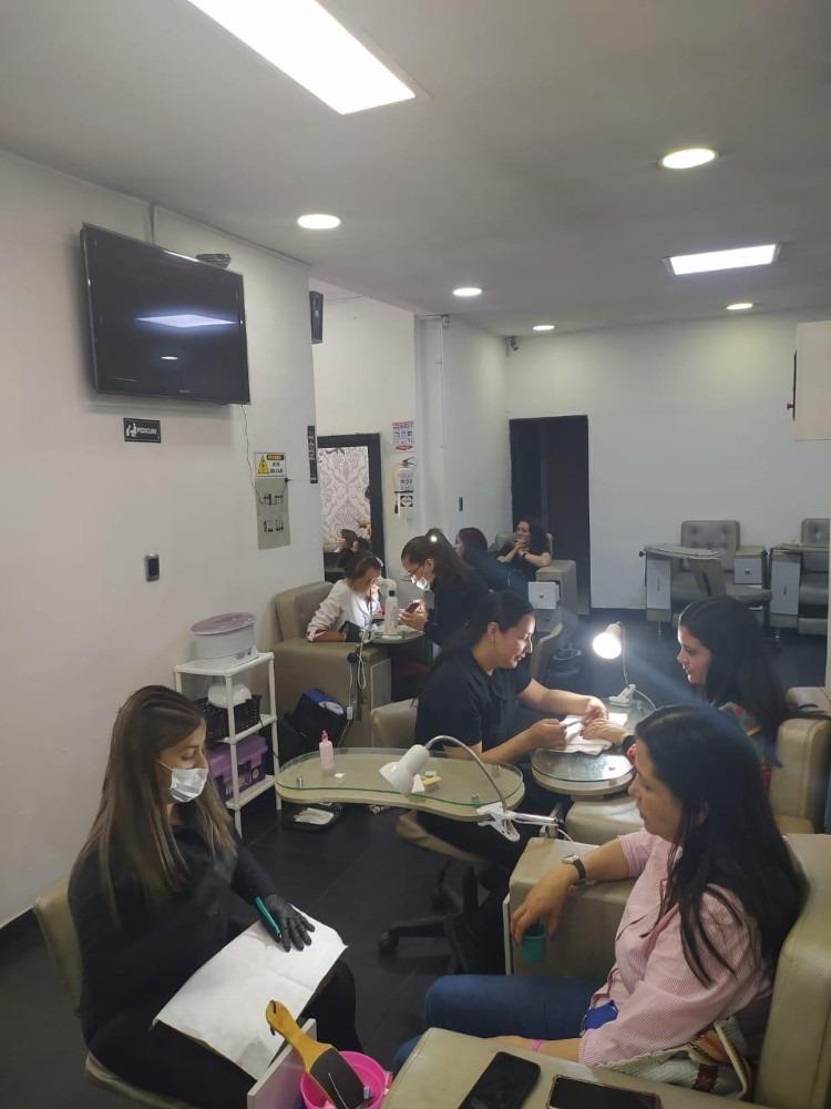 capriati centro de belleza y estética peluquería y barbería