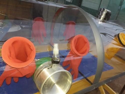 capsula de aislamiento pacientes contagiosos