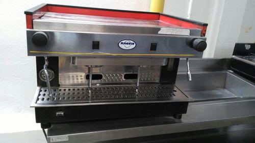 capuchinera puestos y triturador de cafe