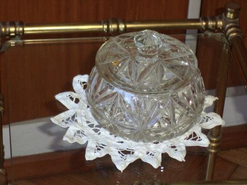 caramelera de vidrio tallado