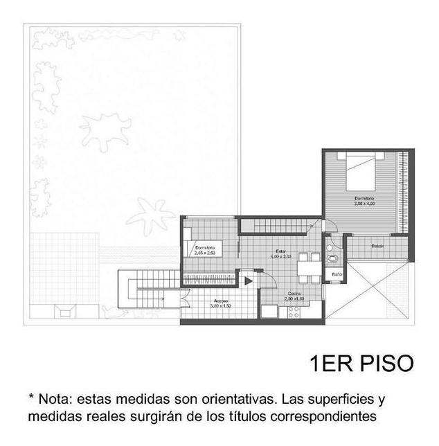 caranday 900. excelente casa en 2 plantas con jardín.