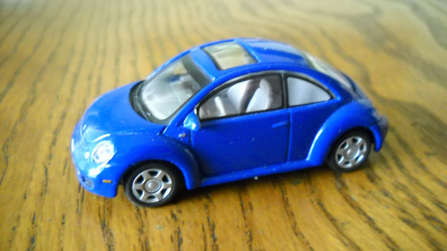 cararama vw  new beetle