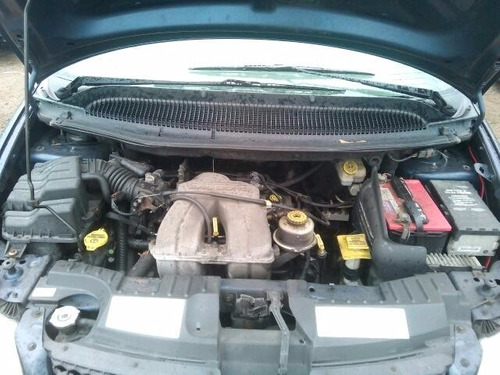 caravan 01 motor 2.4 transmision partes usadas originales