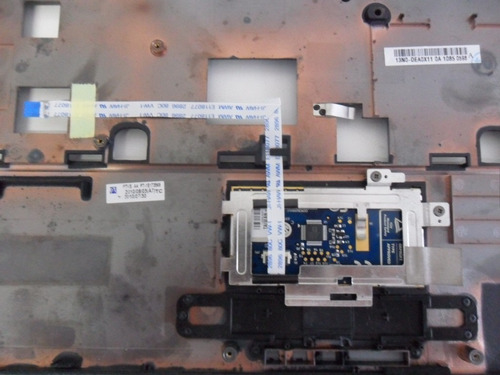 carcaça base frontal + touchpad sim+ 4025