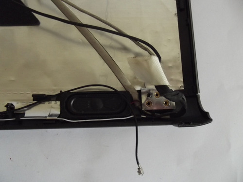 carcaça da tela notebook cce win clp325 / sn:415 c/webcam
