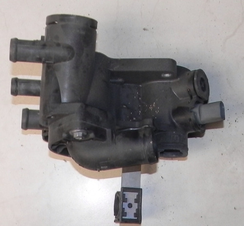 carcaça valvula termostatica vw golf 1.6 power