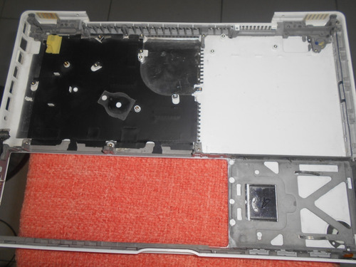 carcasa inferior para macbook  modelo a1181