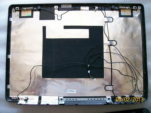 carcasa lcd 14.1  para compaq presario v3000   vmj