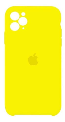carcasa silicona cubre cámara iphone 11 pro amarillo