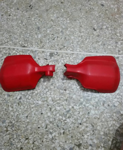 careta y protectores de puño xr650