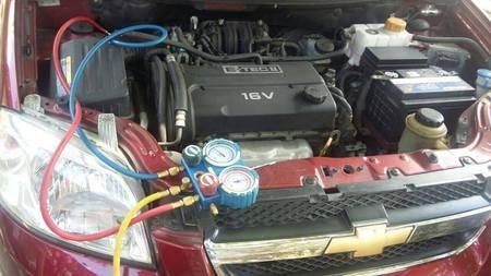 carga aire acondicionado automotriz reparacion a domicilio