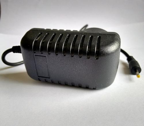 cargador 220 volts de tablet 5v 2 amper pin fino tablets