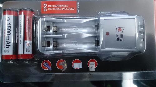 cargador batería  doble y triple aaa con 2 pilas aa 1500 ma