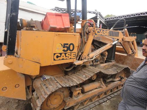 cargador case 850