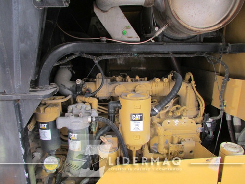 cargador cat 938k año  2013 eco2830