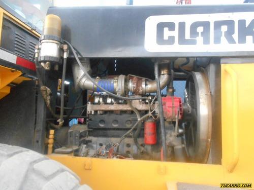 cargador clark 2000